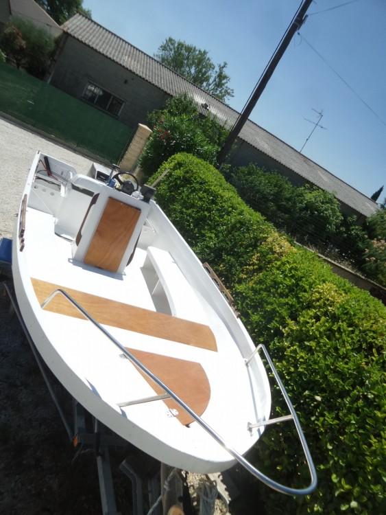 Location Bateau à moteur Barge avec permis