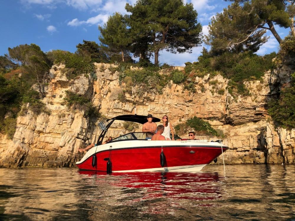 Sea Ray SPX 230 te huur van particulier of professional in Antibes
