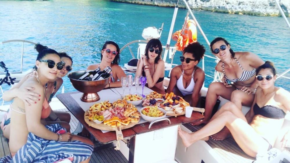Boat rental Ta' Xbiex cheap Bavaria 45