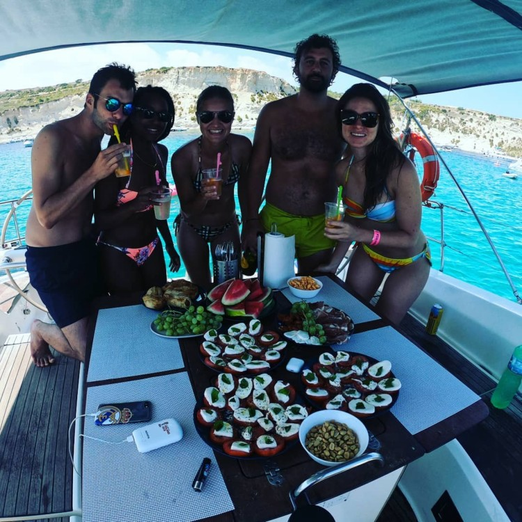 Rental Sailboat in Sliema - Bénéteau Cyclades 50.4