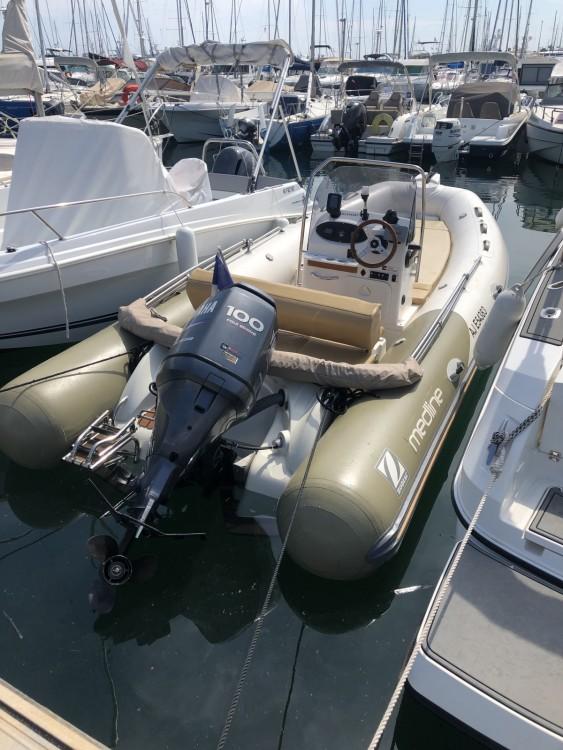 Louer Semi-rigide avec ou sans skipper Zodiac à Golfe-Juan
