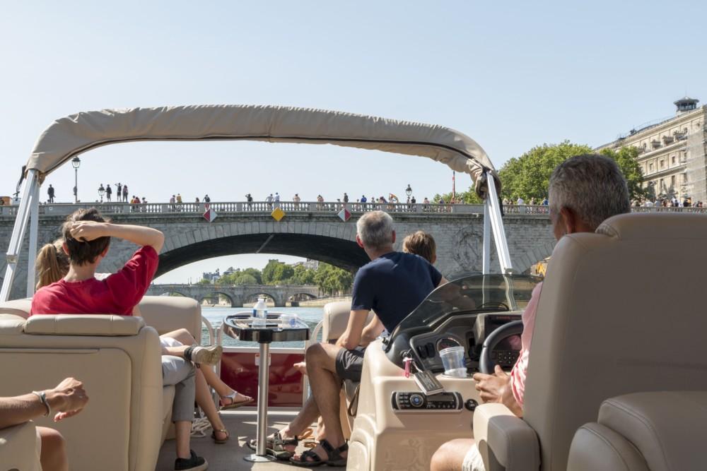 Huur Motorboot met of zonder schipper Suntracker in Parijs