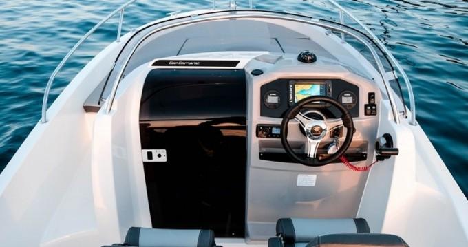 Location bateau Trogir pas cher Cap Camarat 5.5 CC