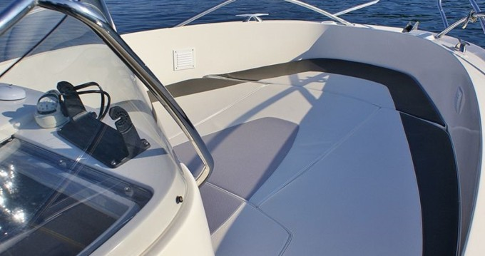 Location bateau Quicksilver Quicksilver 635 Commander à Trogir sur Samboat