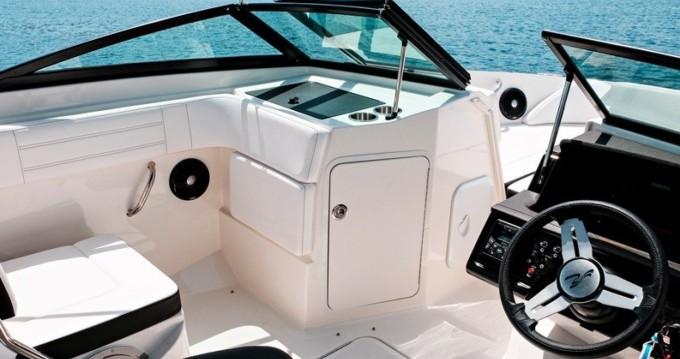 Location bateau Trogir pas cher SPX 210 OB