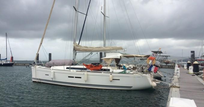 Location bateau Le Marin pas cher 405 GL