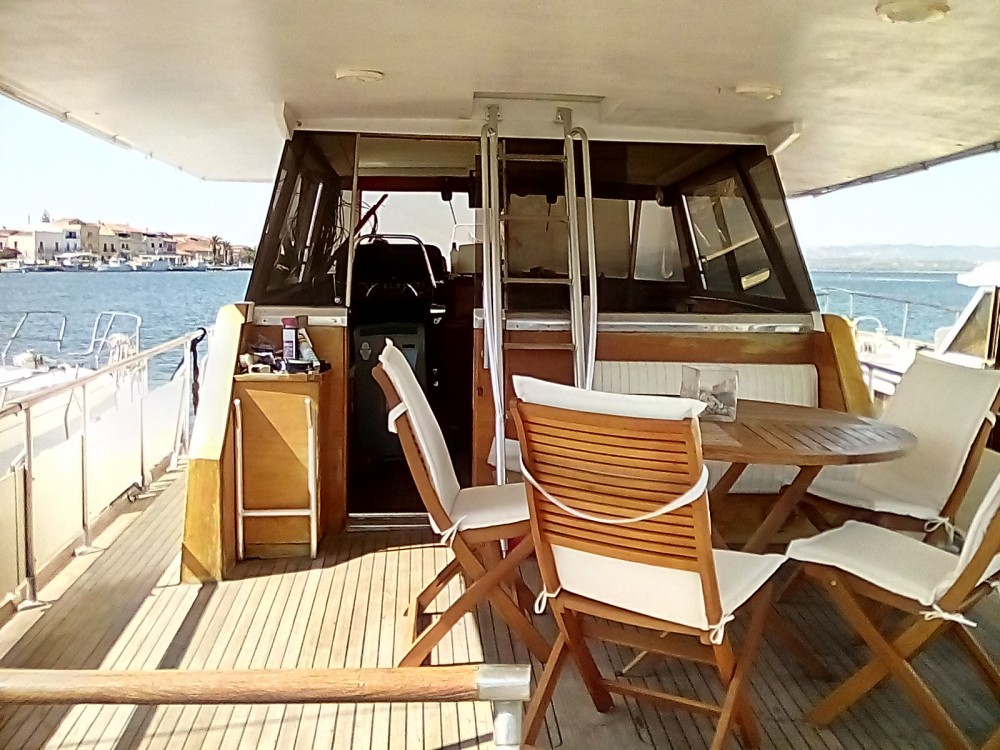 Louer Yacht avec ou sans skipper Cantieri Di Pisa à Sant'Antioco