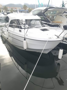 Location bateau Bénéteau Antares 8 OB à Ajaccio sur Samboat