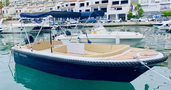 Mareti 500 open entre particuliers et professionnel à Puerto Deportivo Marina Del Este