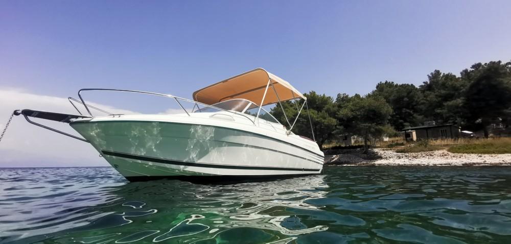 Location bateau Jeanneau Leader 605 Luxe à Split sur Samboat