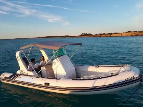 Louer Semi-rigide avec ou sans skipper Nautitech à Formentera