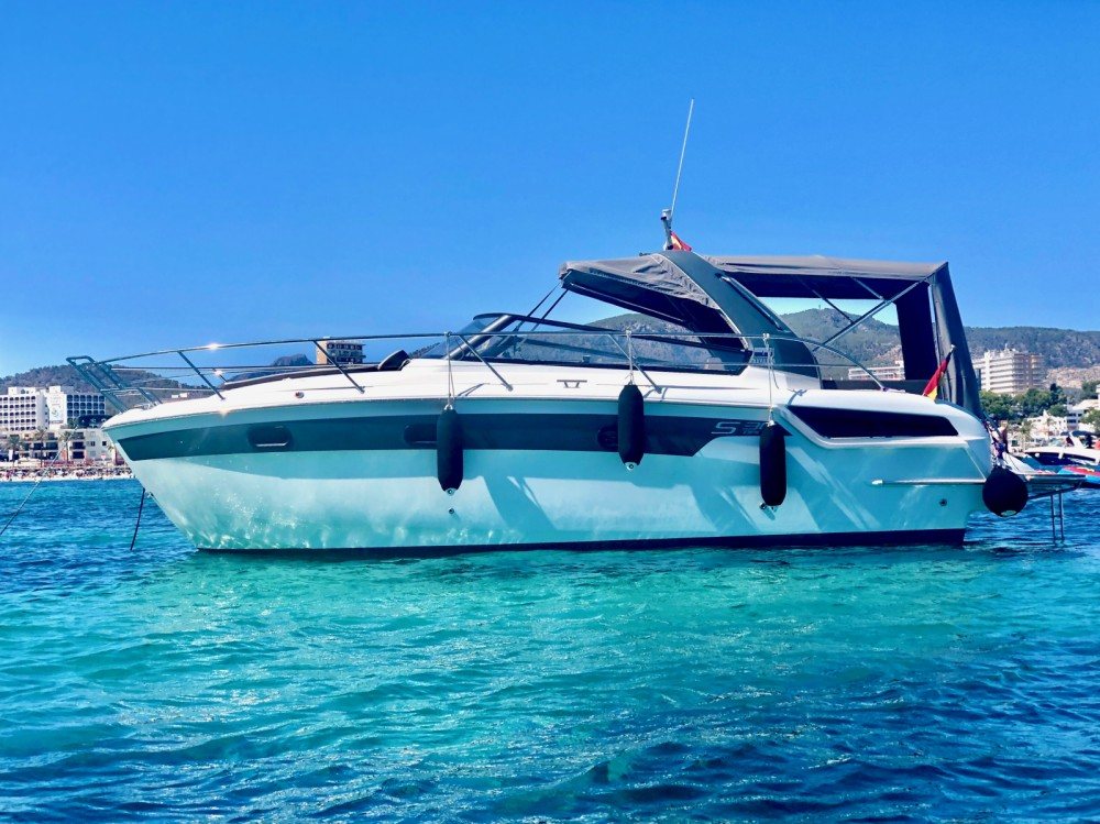 Rental Motor boat in Palma - Bavaria Bavaria 30 Sport