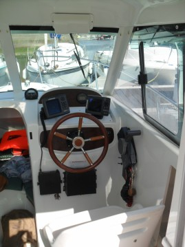 Location bateau Grandcamp-Maisy pas cher Merry Fisher 625 HB