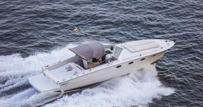 Location bateau Maiori pas cher Tornado 38 Flush Deck