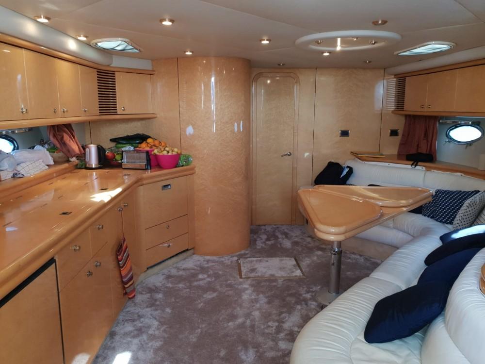 Location yacht à Castelló d'Empúries - Sunseeker Predator 58 sur SamBoat