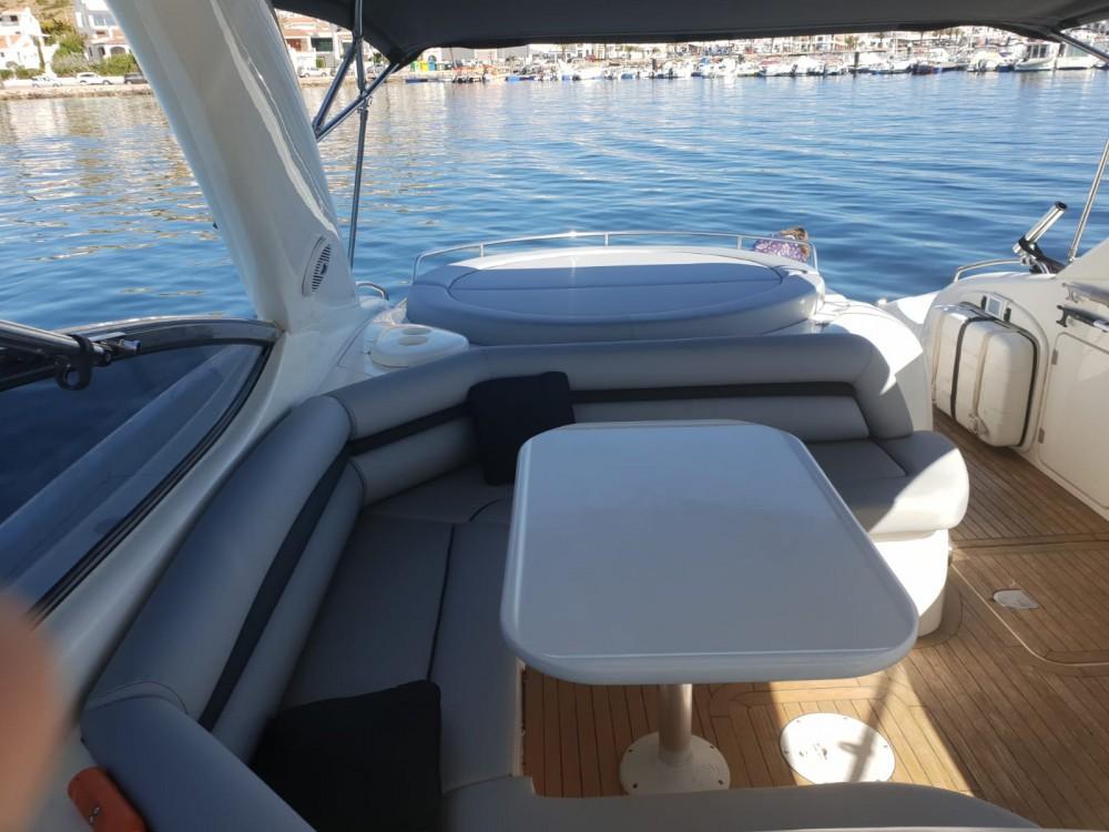 Louer Bateau à moteur avec ou sans skipper Sunseeker à Castelló d'Empúries