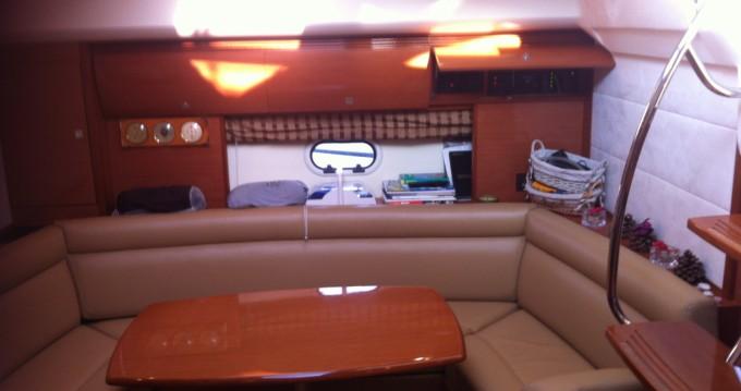 Location yacht à Saint-Laurent-du-Var - Jeanneau Prestige 42s sur SamBoat