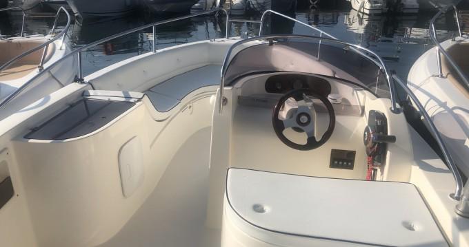 Louer Bateau à moteur avec ou sans skipper As Marine à Bormes-les-Mimosas