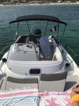 Bateau à moteur à louer à Sainte-Maxime au meilleur prix