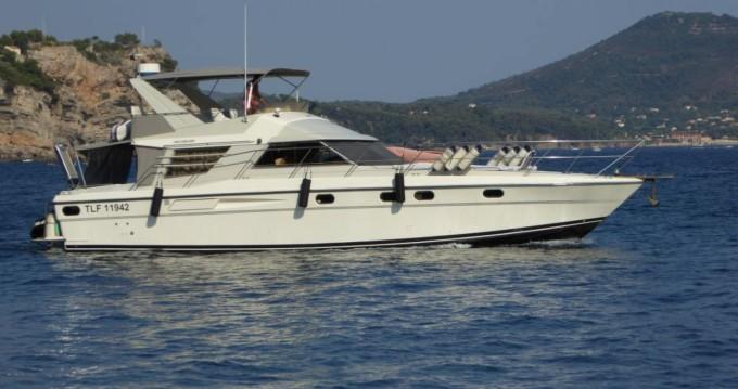 Location bateau Hyères pas cher Fairline 50 Fly