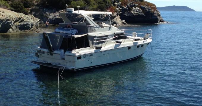 Louer Bateau à moteur avec ou sans skipper Fairline à Hyères