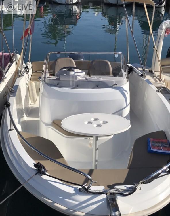 Verhuur Motorboot in Antibes - Jeanneau cap camarat