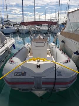 Location bateau Saint-Laurent-du-Var pas cher Six One