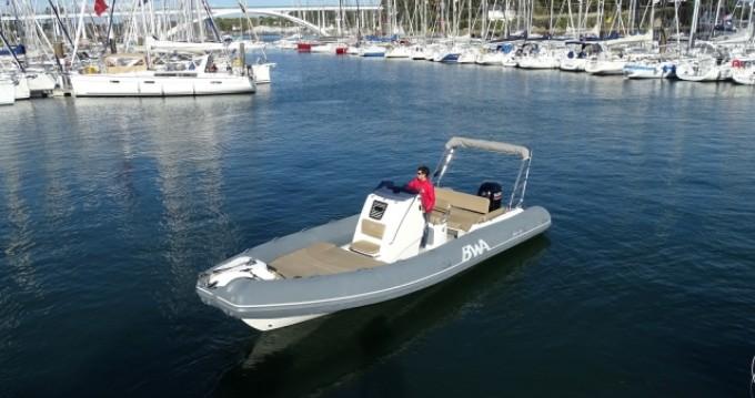 Location bateau Bwa Sport 26 GTO à La Trinité-sur-Mer sur Samboat
