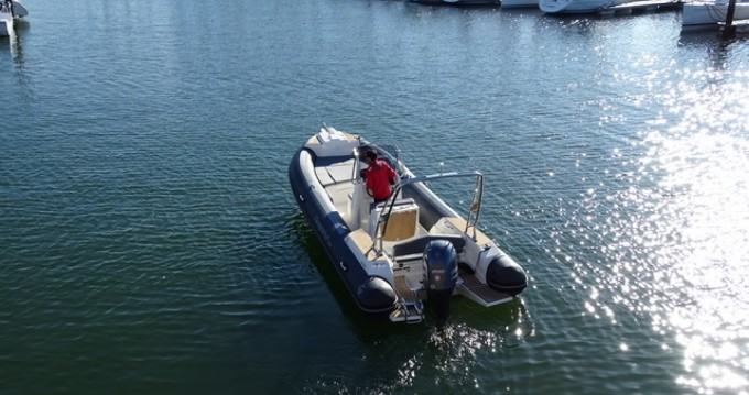 Location bateau Capelli Tempest 700 Sun à La Trinité-sur-Mer sur Samboat