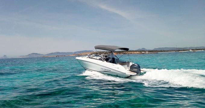 Location bateau Jeanneau Cap Camarat 6.5 BR à Santa Eulària des Riu sur Samboat