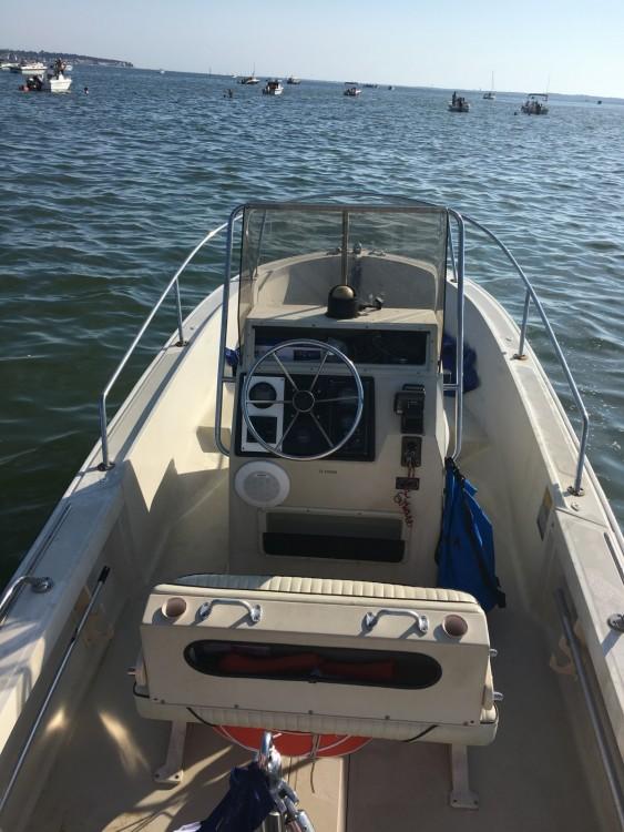 Verhuur Motorboot Boston Whaler met vaarbewijs