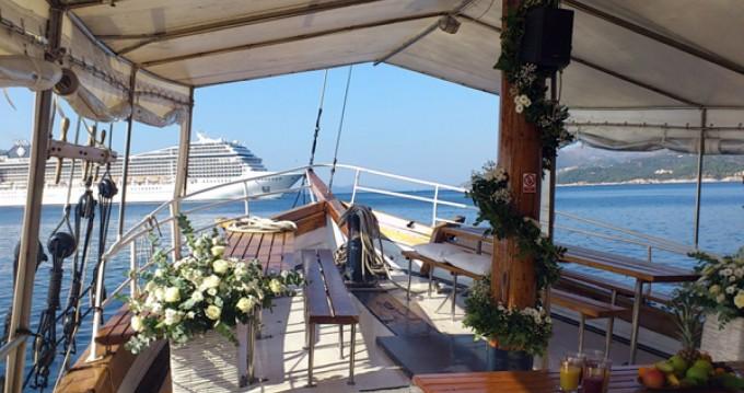 Louer Péniche avec ou sans skipper Uniq à Dubrovnik