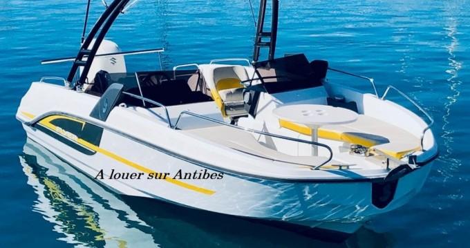 Bénéteau Flyer 6 SPORTdeck Open 175 ch Tour de Wake entre particuliers et professionnel à Antibes
