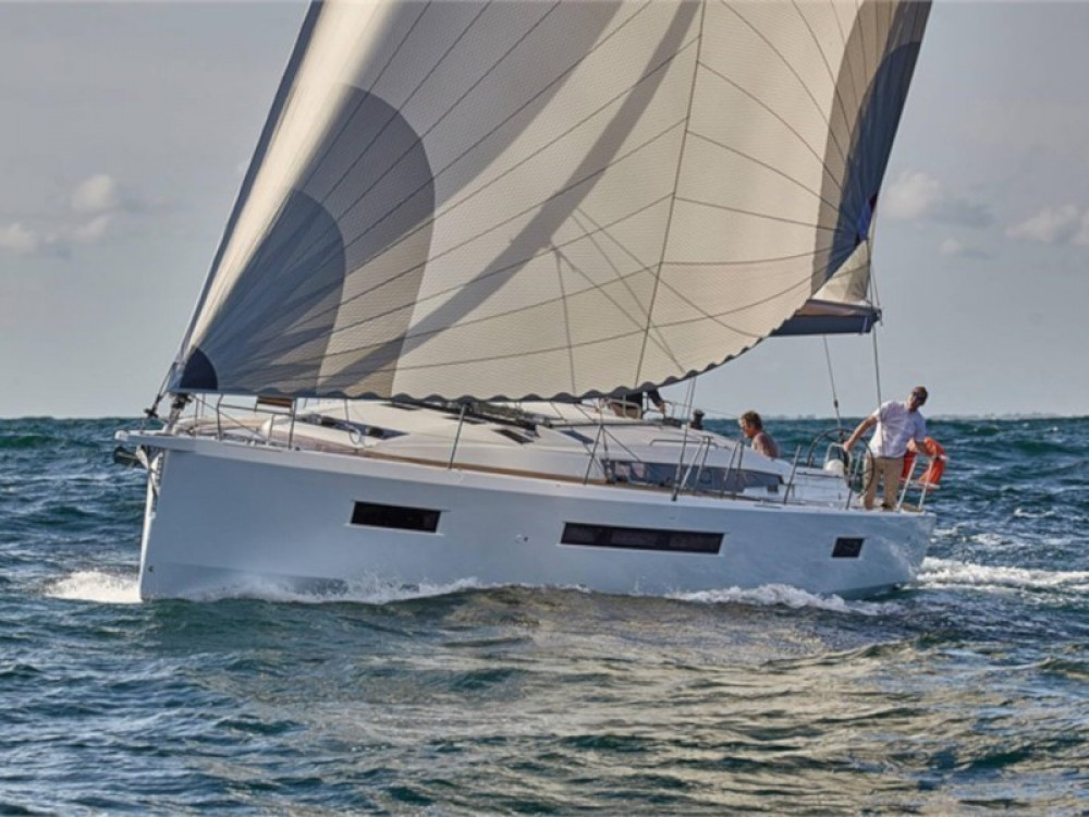 Jeanneau Sun Odyssey 490 between personal and professional Arona