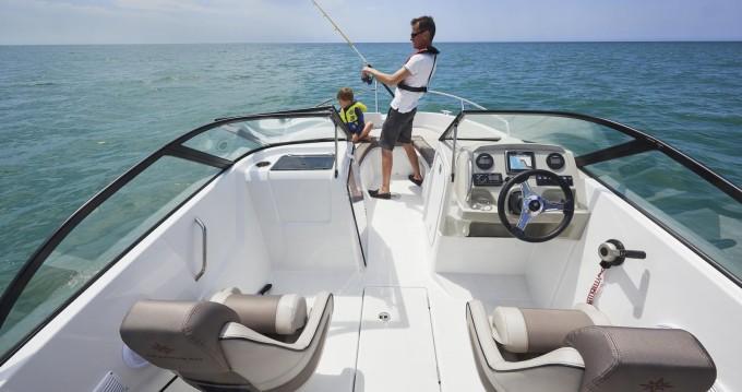 Location bateau Sciez pas cher Cap Camarat 6.5 BR