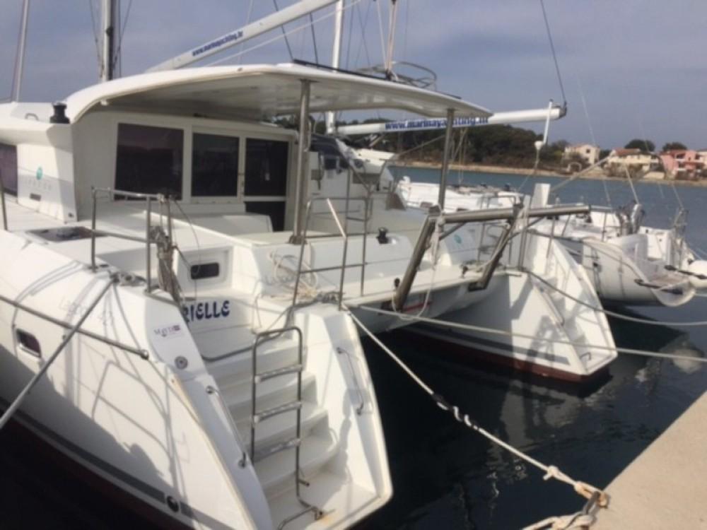 Boat rental Murter cheap Lagoon 421