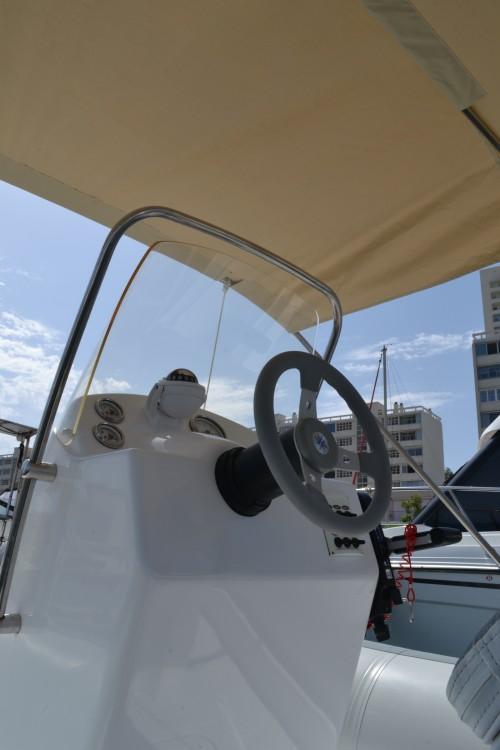 Location Semi-rigide à Toulon - Adventure VESTA 650
