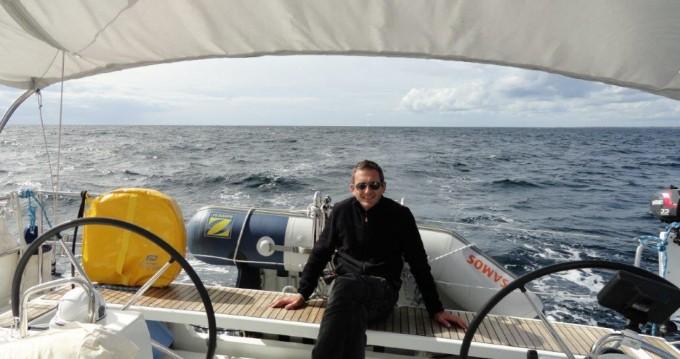 Location bateau Bénodet pas cher Oceanis 41