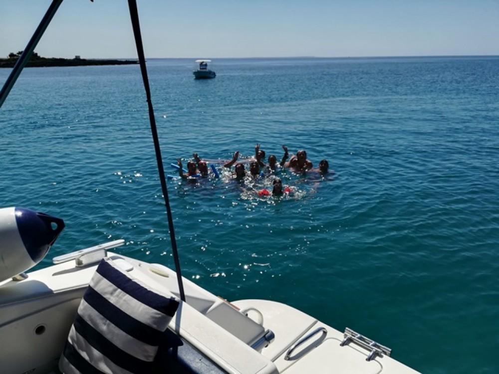 Boat rental Fiart Genius in Porto Cesareo on Samboat