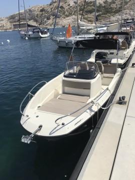 Louez un Quicksilver Activ 605 Open à Marseille