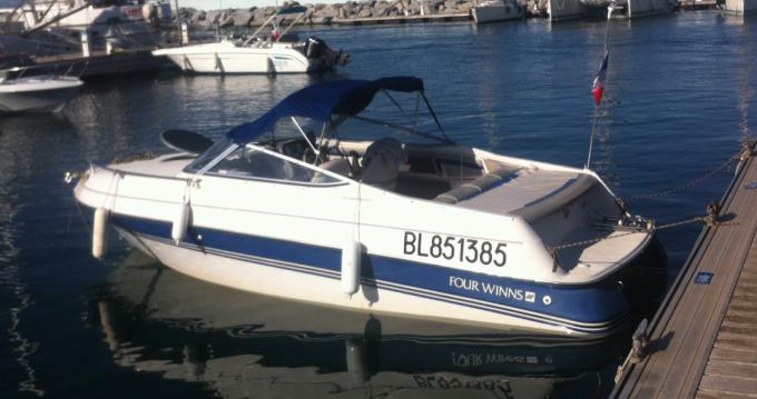 Louer Bateau à moteur avec ou sans skipper Four Winns à Lyon