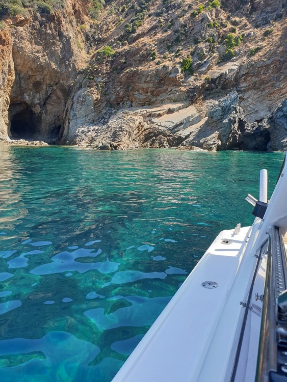 Jachthuur in Calvi - Sunseeker Tomahawk 37 via SamBoat