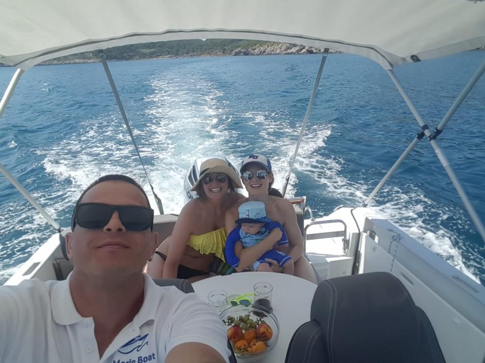 Location bateau Dubrovnik pas cher Cap Camarat 7.5 WA