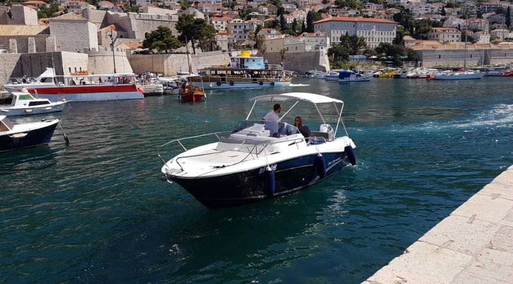 Location Bateau à moteur à Dubrovnik - Jeanneau Cap Camarat 7.5 WA