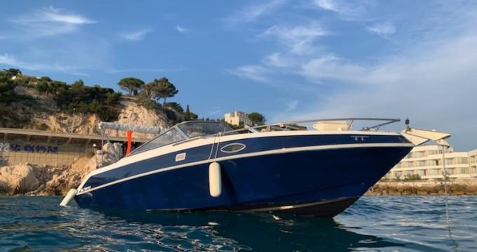 Location Bateau à moteur à Marseille - Four Winns Sundowner 205
