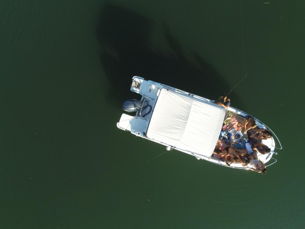Huur Motorboot met of zonder schipper Jeanneau in Parijs
