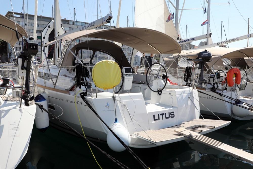 Boat rental ACI Marina Pula cheap Sun Odyssey 419
