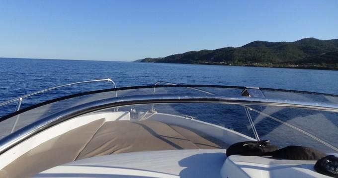 Location yacht à Sari-Solenzara - Jeanneau Cap Camarat 555 WA sur SamBoat