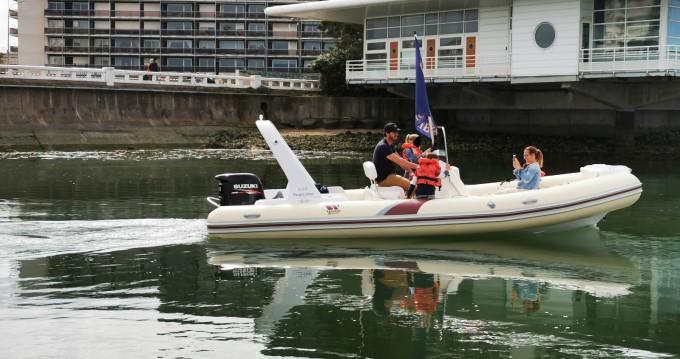 Louer Semi-rigide avec ou sans skipper Tiger à Le Havre