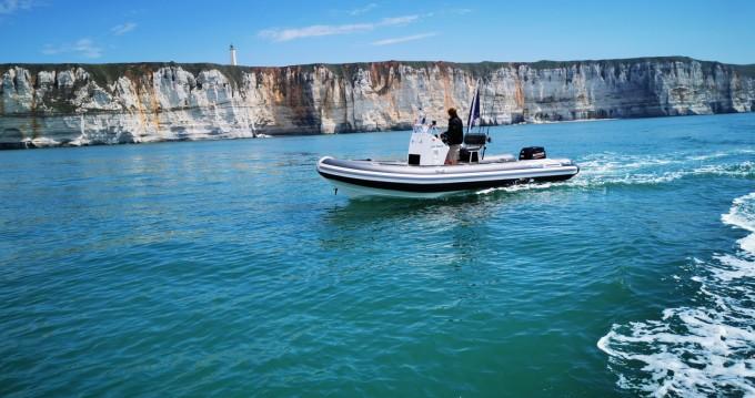 Location bateau Falcon 575 SR à Le Havre sur Samboat